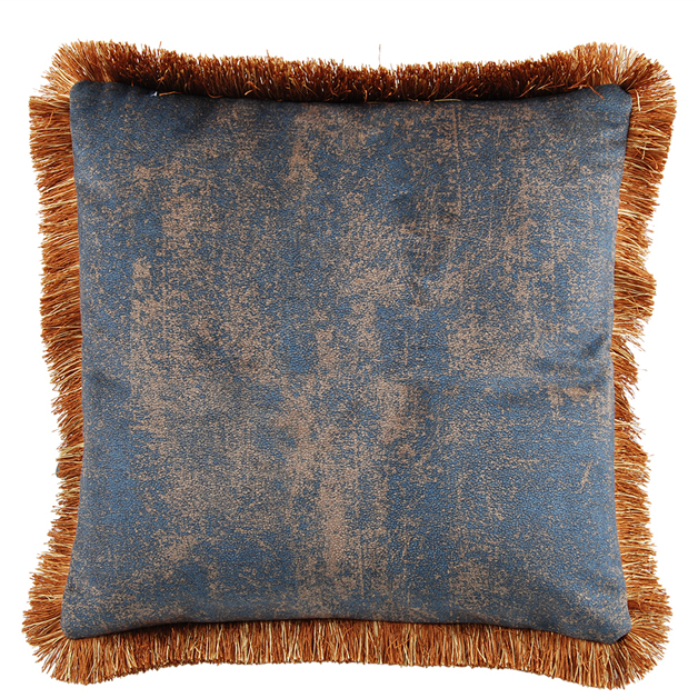 CUSHION COVER ASHBY WITH FRINGES 45X45CM BLUE i gruppen Textilier / Kuddar & Dynor hos Miljögården (641860)