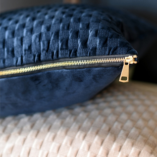 CUSHION COVER CHUCK 45X45CM BLUE